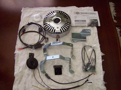 HARLEY DAVIDSON Chrome Fan Kit for Touring Models - Harley