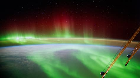 Space in Images - 2014 - 09 - Space Aurora
