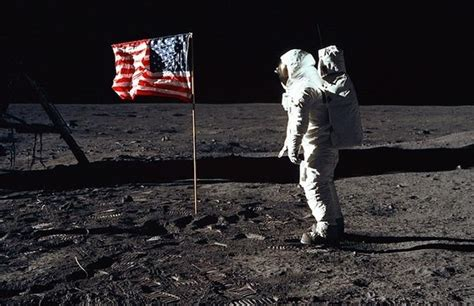 Smithsonian to Preserve and Make Neil Armstrong's Apollo