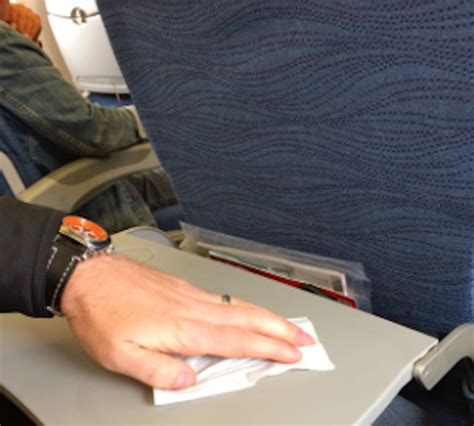 Planes Can Harbor Deadly Germs For 7 Days, Study Shows