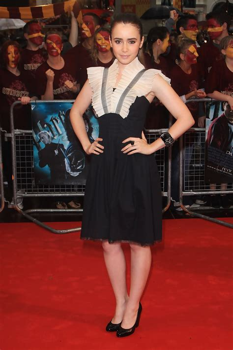 Lily Collins - Lily Collins Photos - World Premiere
