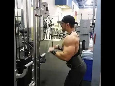 Straight-Bar Tricep Pushdowns with 200lbs - YouTube