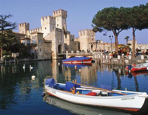 Sirmione on Lake Garda Tour | Great Rail Journeys
