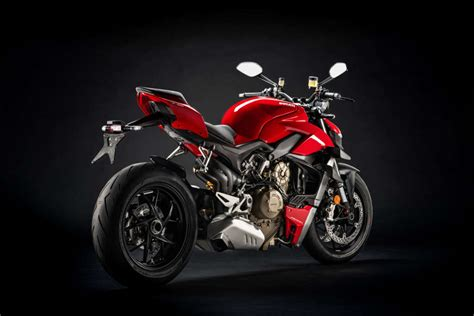 2020 Ducati Streetfighter V4 Guide • Total Motorcycle