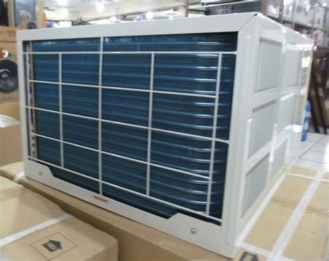 Sharp 1 hp Inverter window type aircon with remote control
