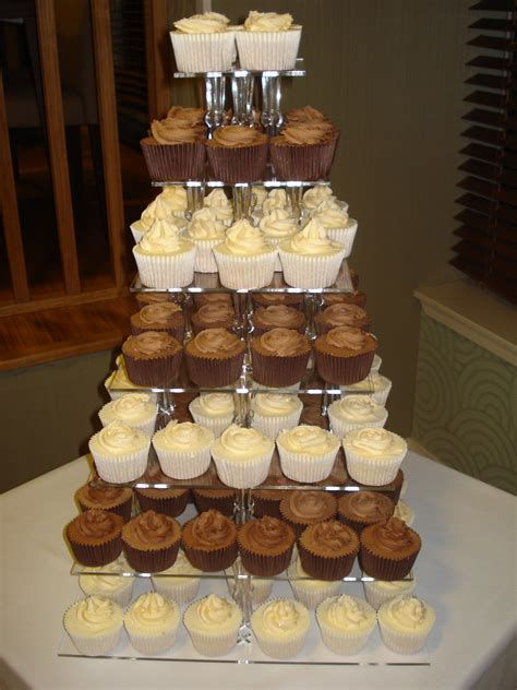 Engagement Party cupcakes – CAKES BY LIZZIE, EDINBURGH