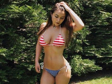 Hot Bikini Wednesday - Barnorama