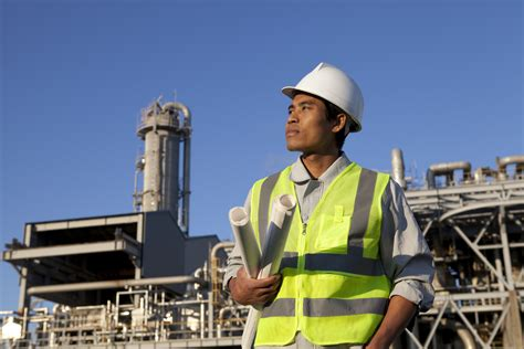 Careers in Petroleum Engineering Offer a Well of