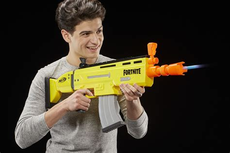 Fortnite's Nerf and Super Soaker blasters are here, ready