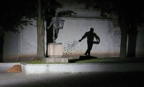 25 Photos Of Shadows That Tell A Different Story