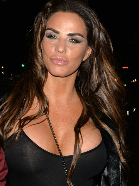 Katie Price wants ANOTHER facelift for Christmas