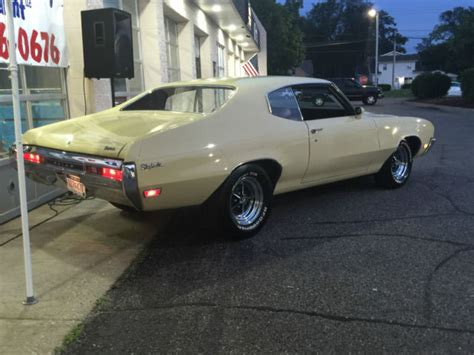 1970 Buick Skyark coupe GS hood and grill - Classic Buick