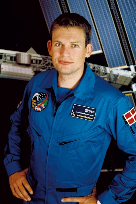 Space in Images - 2009 - 11 - Andreas Mogensen