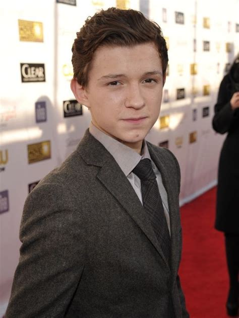Tom Holland Movies List, Height, Age, Family, Net Worth
