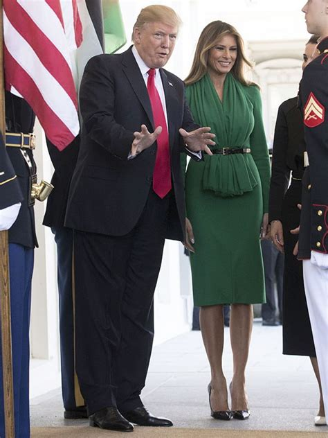 Melania Trump's Green Dress At White House — Welcomes