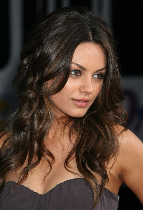 Mila Kunis Hairstyles | Hairstyles Show Up